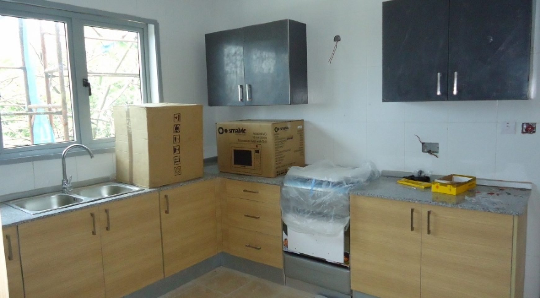 9 units of 3 Bedroom and 1 unit of 2 bedroom Apartments - First ...