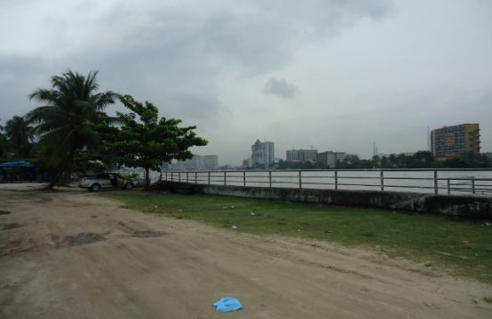 5,100sqm Waterfront Land