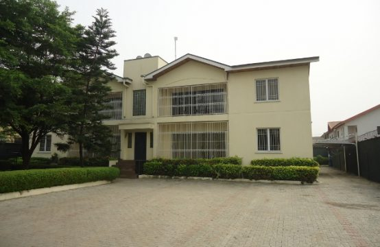 Block of 4 No. 3 Bedroom Apartments on 1250sqm