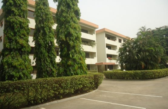 Upscale 3 Bedroom Apartment in a Serene and Fully Serviced Low-Density Premises