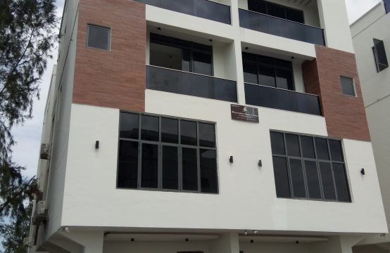 Grandiose 5 Bedroom Semi-Detached Duplex with Excellent Facilities
