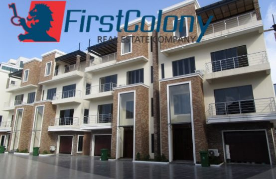 Newly Built and Fully Serviced 5 Bedroom Semi-Detached Duplex