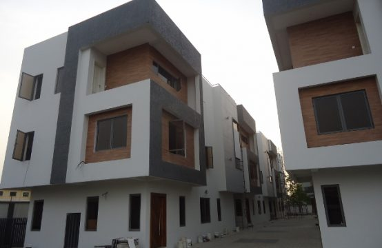 Serviced 5 Bedroom Detached Duplex with Excellent Facilities