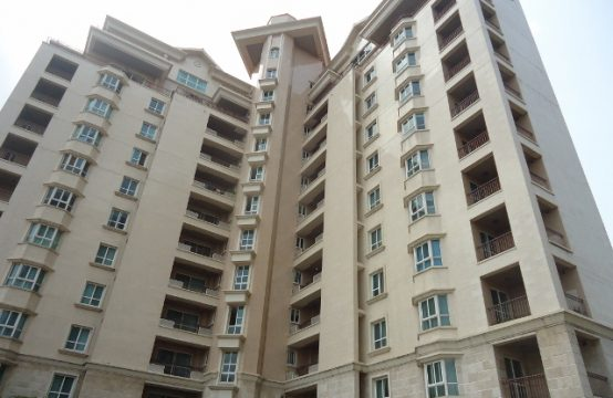 Luxury 4 Bedroom Apartment with Excellent Facilities