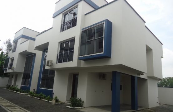 Serviced 4 Bedroom Detached House with Excellent Facilities