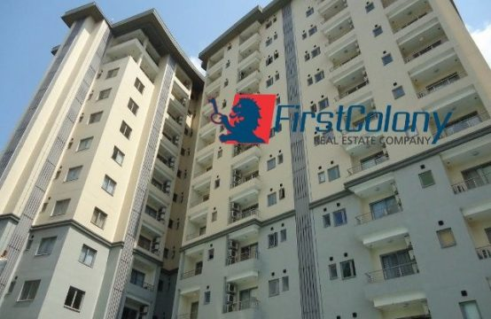 Luxury and Ample 4 Bedroom Apartment with Excellent Facilities