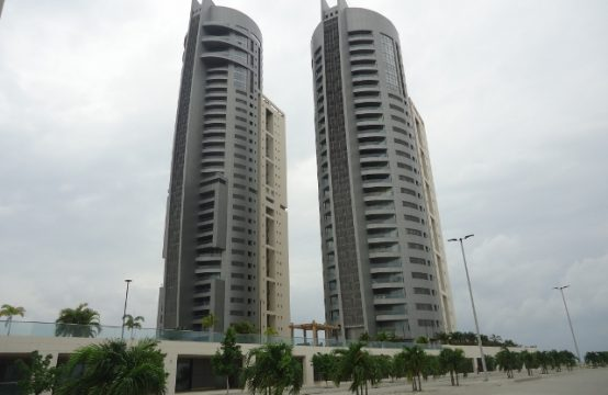 Exquisite 3 Bedroom Apartment with Excellent Facilities