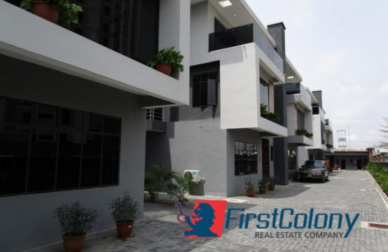 Contemporary 5 Bedroom Semi-Detached Duplex (Fully Serviced)