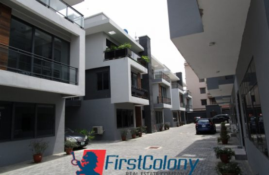 Contemporary 3 Bedroom Terraced Duplex (Fully Serviced)