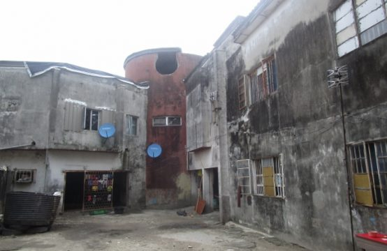 2500sqm Commercial Land with dilapidated Buildings