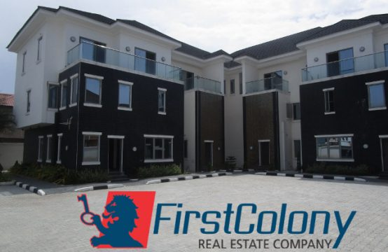 4 Units of Newly Built 4 and 5 Bedroom Terrace Duplex on Large Grounds